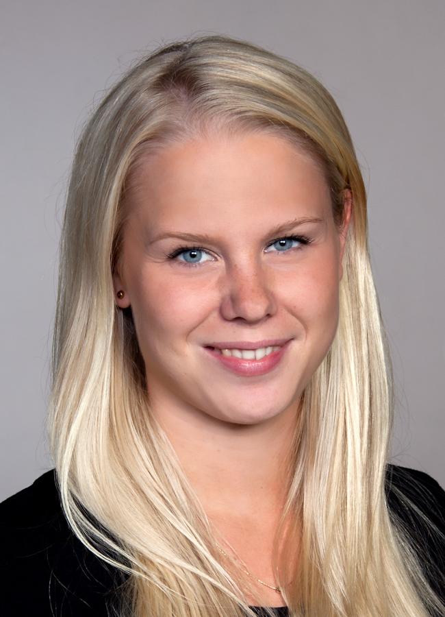 Stina Halvardsson porträttfoto